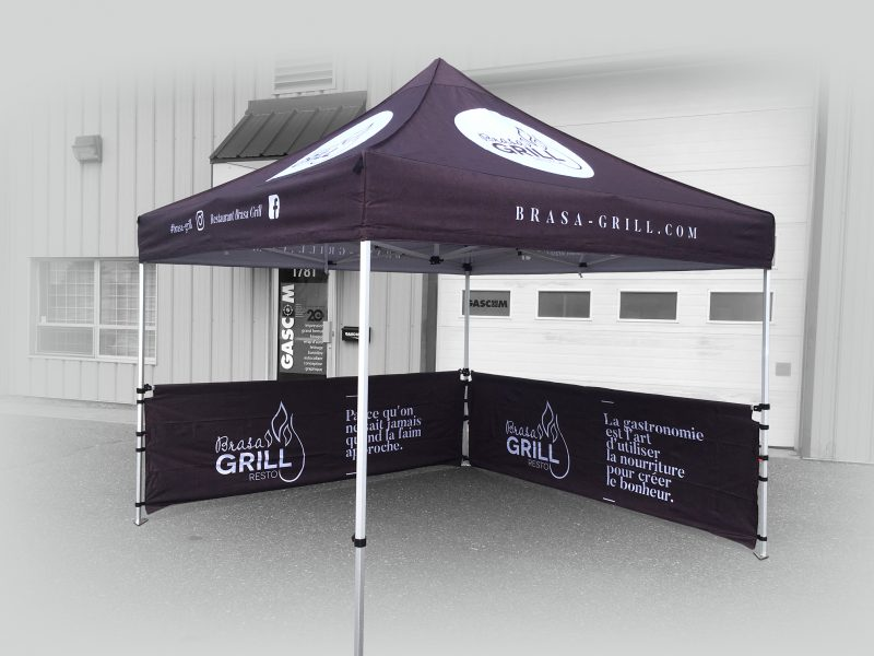 Tente canopy de 10x10 entierement personnalisée avec 2 cotés