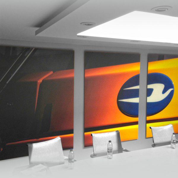3 panneaux décoratifs pour une salle de conférence